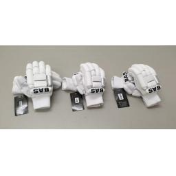 County Batting Gloves - Mansfield Sports Group